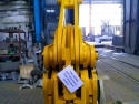Готовы к отгрузке Клещи для переноса рулонов металла в рамках контракта с крупным металлургическим комбинатом