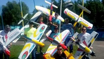 Авиамоделисты авиационного клуба «Чайка» при «Бетонмаш» заняли призовые места на Кубке мира и Кубке Киева