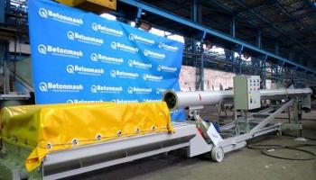 Готовится к отгрузке заказчику установка для выгрузки цемента из вагонов-хопперов В283-031-04